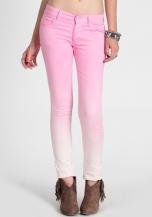 Ombré jeans - Gostou? Tem o DIY aqui >>> http://bit.ly/11M3Dsj